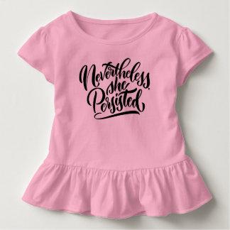 Néanmoins, elle a persisté chemise d'enfant en bas t-shirt pour les tous petits