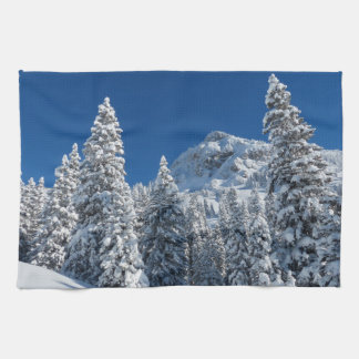Neige de paysage d'hiver linge de cuisine