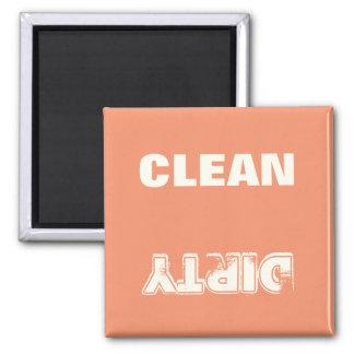 Nettoyez le carré (orange) sale magnet carré
