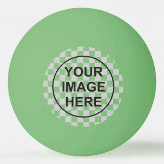 Nettoyez le vert de modèle balle tennis de table