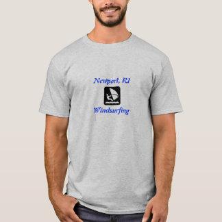 Newport, planche à voile de RI T-shirt