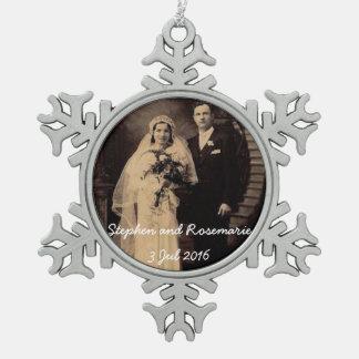 Noël de nouveaux mariés ornement flocon de neige