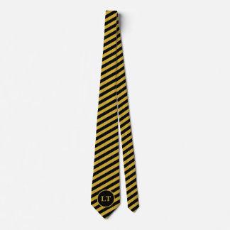 Noir fait sur commande de monogramme et cravate