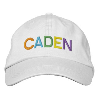 Nom brodé coloré de CADEN sur le chapeau Casquettes De Baseball Brodées