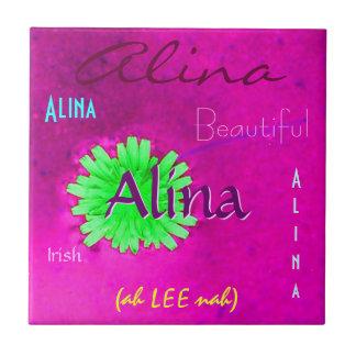 Nom d'Alina et signification irlandaise avec la fl Carreau
