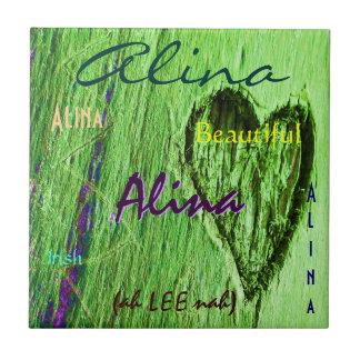 Nom d'Alina et signification irlandaise avec le co Carreaux En Céramique