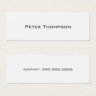 nom de minimaliste juste avec le blanc de mini carte de visite