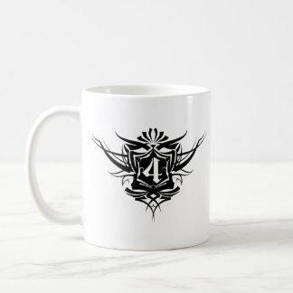 Nombre de tatouage 4 gothique noir mug