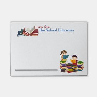 Notes de post-it de bibliothécaire d'école post-it®
