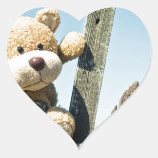 Nounours mignon sticker cœur