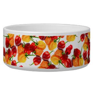 Nourriture chaude orange de poivrons rouges de bol pour chien