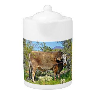 Nouveau pot de thé de vache à rivière de Brown