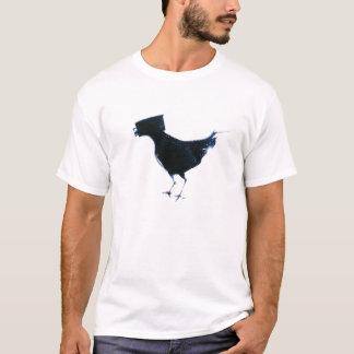 observation d'oiseau par le bac de teinture de t-shirt