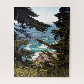 Océan derrière les arbres grand Sur, puzzle de CA