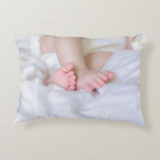 of a bébé feet coussins décoratifs