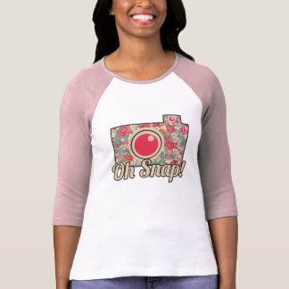 Blader door onze Girly T-shirt Collectie en personaliseer per kleur, design of stijl.