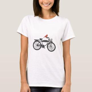 Oiseau sur un vélo t-shirt