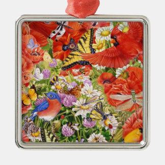 Oiseaux, papillons et ornement d'abeilles