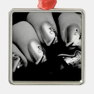 Ongles de concepteur ornement carré argenté