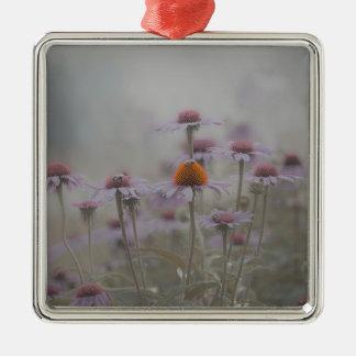 Ornement Carré Argenté Abeilles et les fleurs de cône