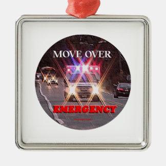 Ornement Carré Argenté Ambulance_Move_Over.gif