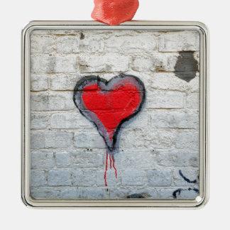 Ornement Carré Argenté Coeur rouge de graffiti