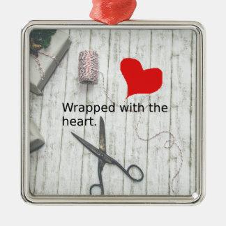 """Ornement Carré Argenté """"Enveloppé avec le cadeau du coeur"""" et la"""