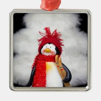Ornement Carré Argenté Figurine de pingouin avec l'arbre de Noël blanc