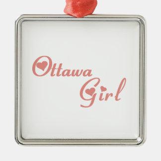 Ornement Carré Argenté Fille d'Ottawa