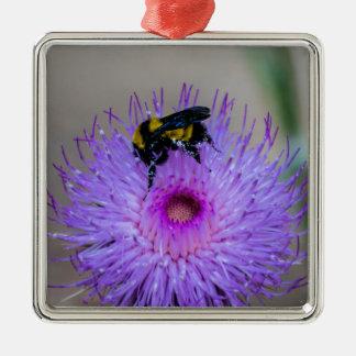 Ornement Carré Argenté Fleurs sauvages de pollination d'abeille