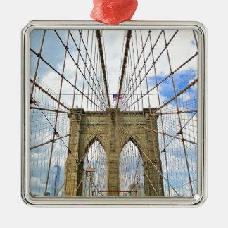 Ornement Carré Argenté Fondation de ville de New York Brooklyn de pont