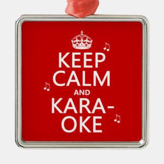 Ornement Carré Argenté Gardez le calme et le karaoke (la couleur de