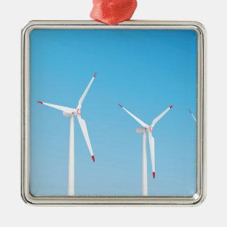 Ornement Carré Argenté Groupe de turbines de vent