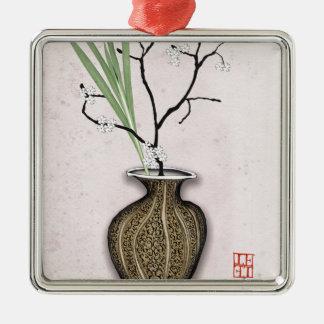 Ornement Carré Argenté Ikebana 1 par les fernandes élégants