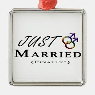 Ornement Carré Argenté Juste (enfin) gay pride marié