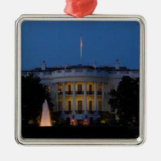 Ornement Carré Argenté La Maison Blanche de Noël la nuit dans le