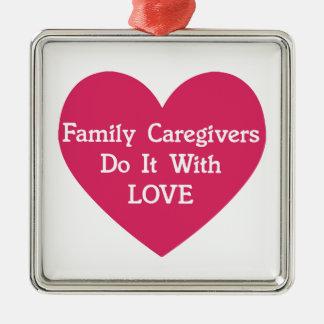 Ornement Carré Argenté Les travailleurs sociaux de famille le font avec