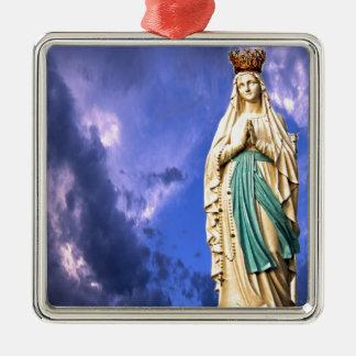Ornement Carré Argenté Madame de Lourdes