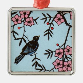 Ornement Carré Argenté Oiseau noir dans l'arbre rose de fleurs de