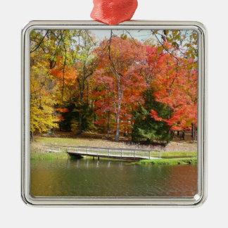 Ornement Carré Argenté Paysage d'automne du pont III d'automne de sept