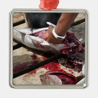 Ornement Carré Argenté pêche sportive
