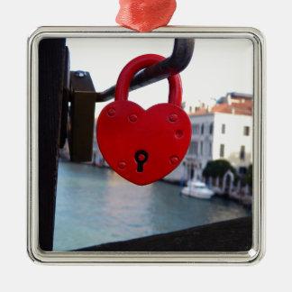 Ornement Carré Argenté serrure d'amour à Venise