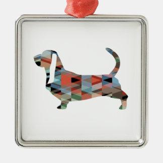 Ornement Carré Argenté Silhouette géométrique de motif de chien de Basset