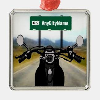 Ornement Carré Argenté Voyage par la route fait sur commande de moto