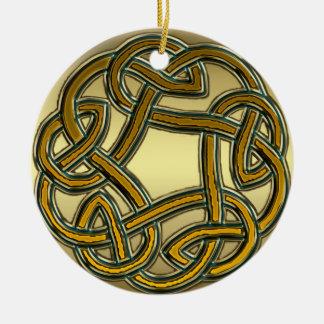 Ornement celtique métallique de noeud d'or