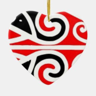 Ornement Cœur En Céramique art tribal de conceptions maories pour vous