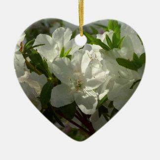 Ornement Cœur En Céramique Belles fleurs de ressort d'azalées blanches