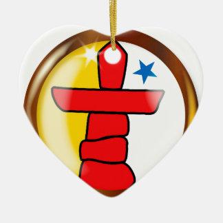 Ornement Cœur En Céramique Bouton fier de drapeau d'Inuit