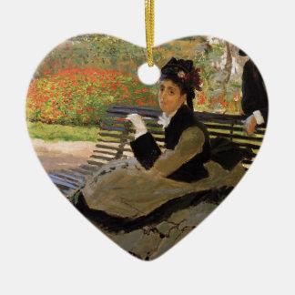 Ornement Cœur En Céramique Camille Monet sur un banc de jardin - Claude Monet