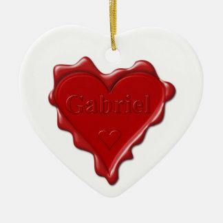 Ornement Cœur En Céramique Gabriel. Joint rouge de cire de coeur avec Gabriel
